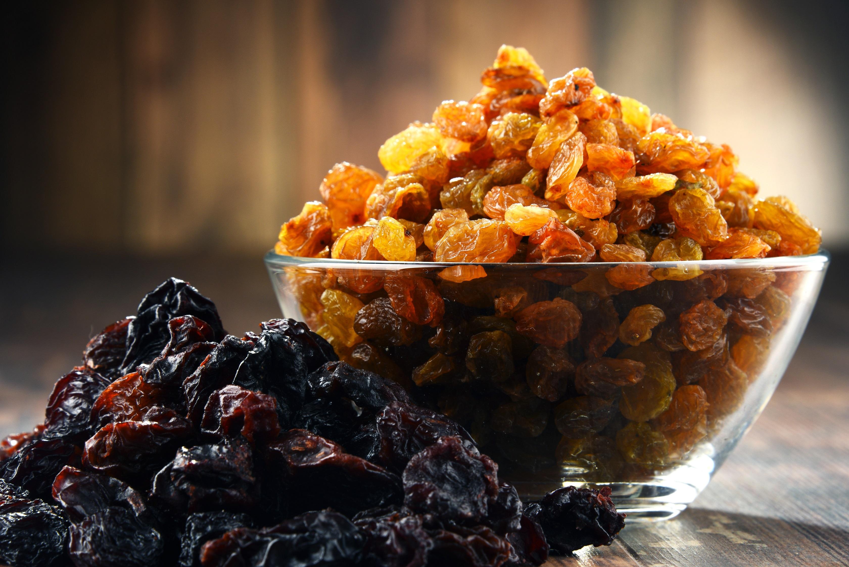 Изюм или сушеный виноград